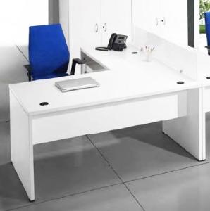 Mesa operativa de oficina en melamina a precio irresistible ...